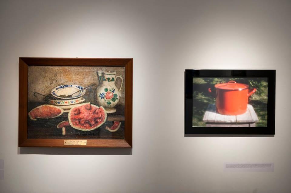 1_Káplár Miklós - Dinnyés csendélet (balra); Ferenczy Zsolt hommage-camera obscura-felvétele egy fazék töltött káposztáról, Káplár halála kapcsán (jobbra)