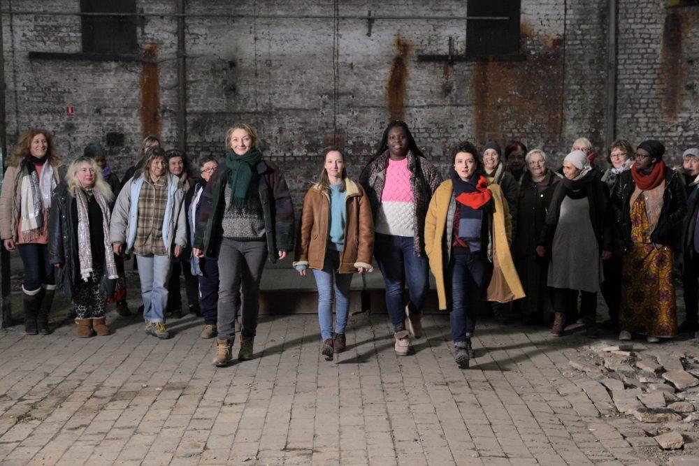 nők a városban, hogy megfeleljen egyetlen párt stuttgart 2021