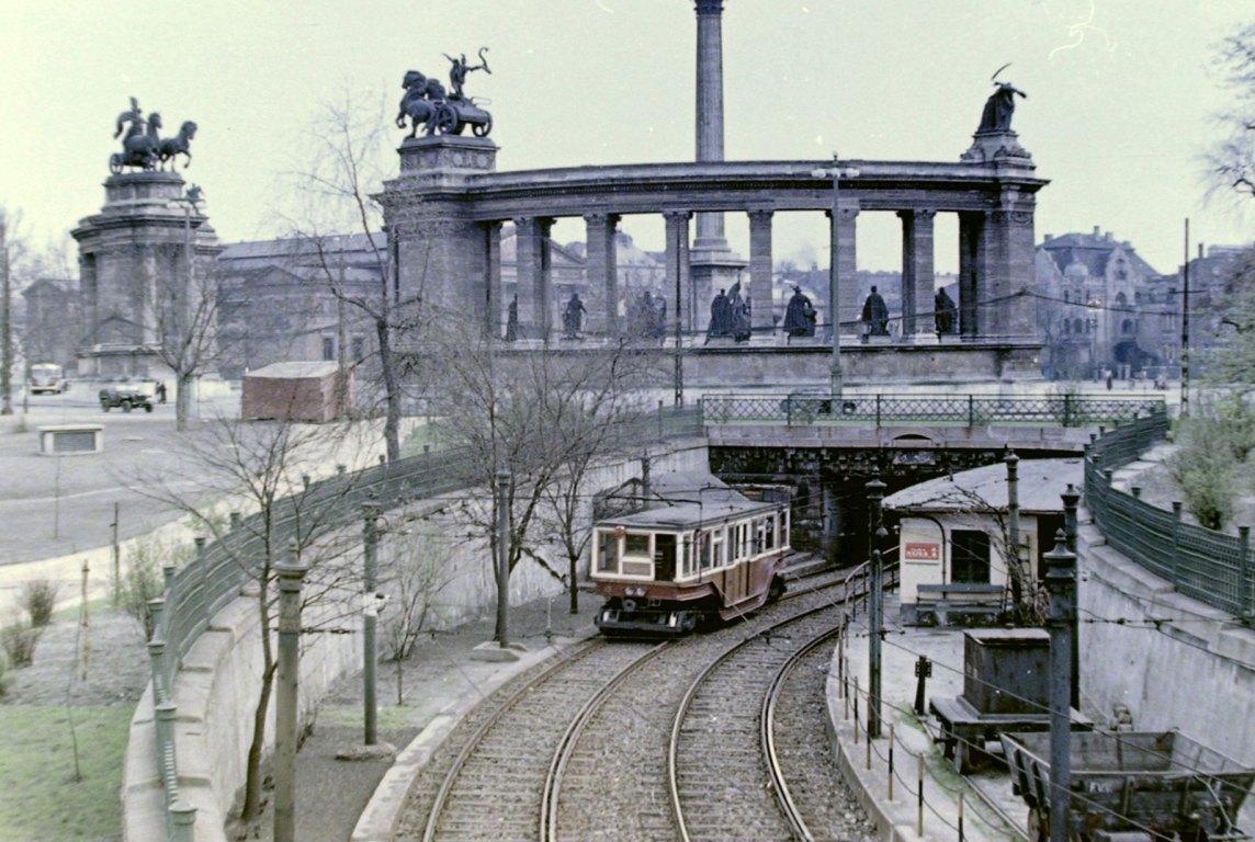 A kisföldalatti 1954-ben (fotó: Fortepan)