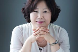 2col_330x300_market_focus_aod_sun-mi_hwang