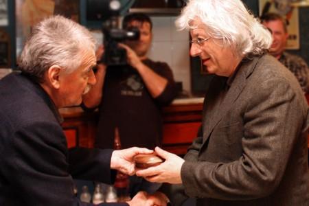 Esterházy Péter másodszor kapott Alföld-díjat