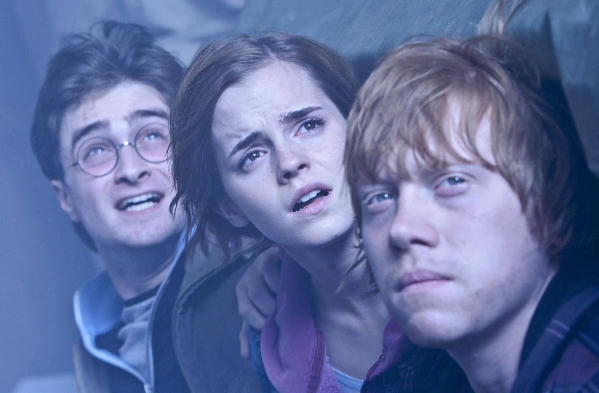 A hosszúra nyúlt sorozat záródarabja, Harry Potter és a Halál ereklyéi