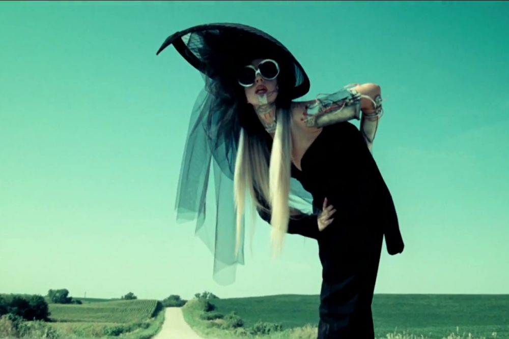 Lady Gaga: You and I